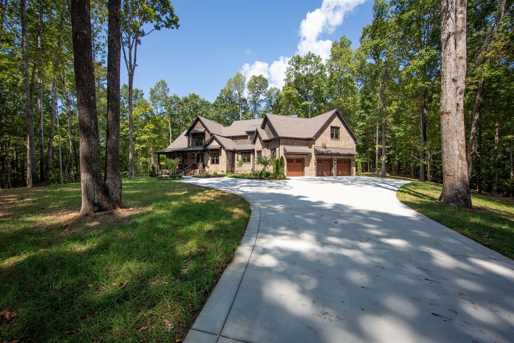 Homes For Sale In Kingfield Tn