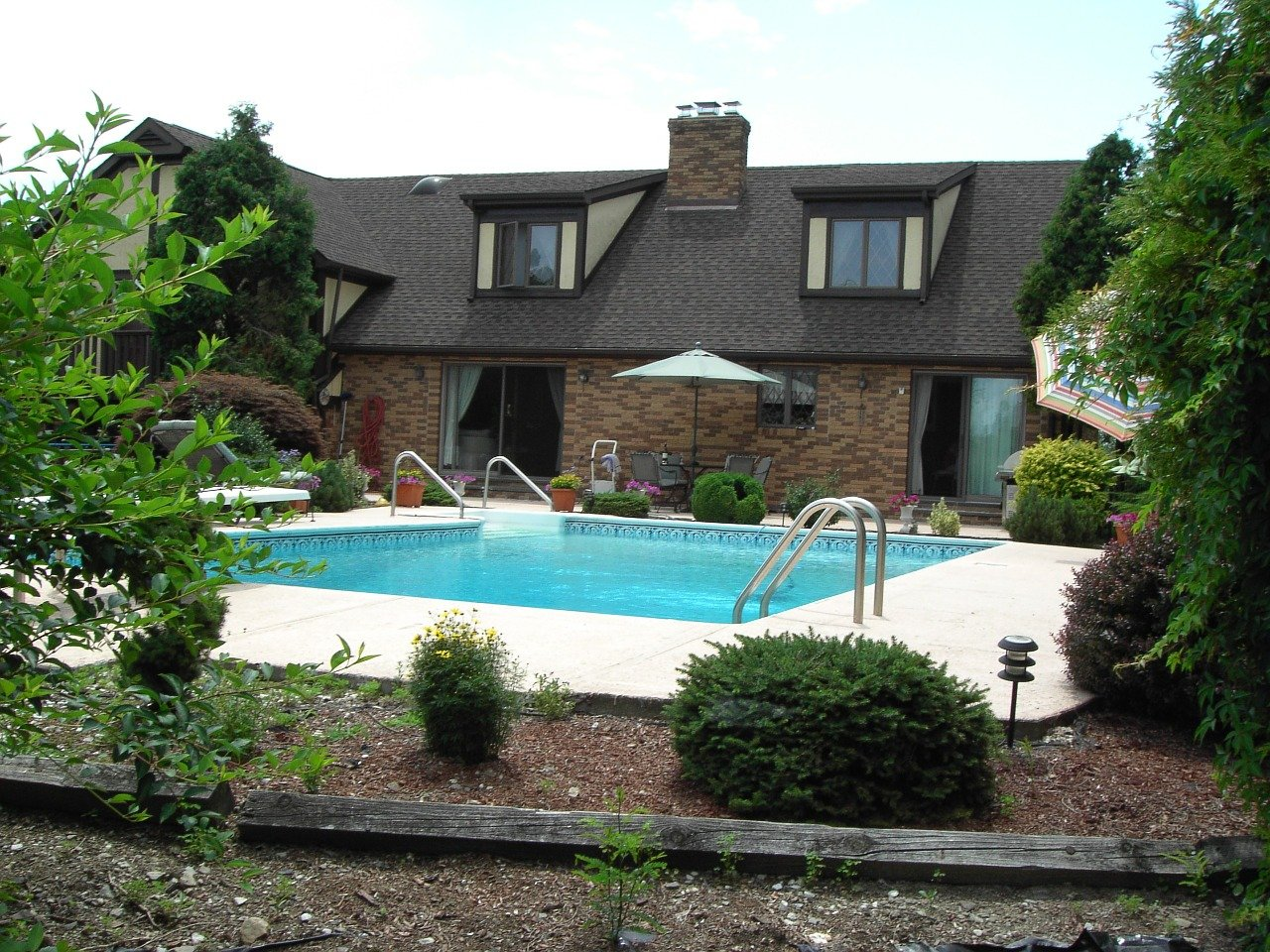 Homes For Sale With Pool In Lebanon Tn